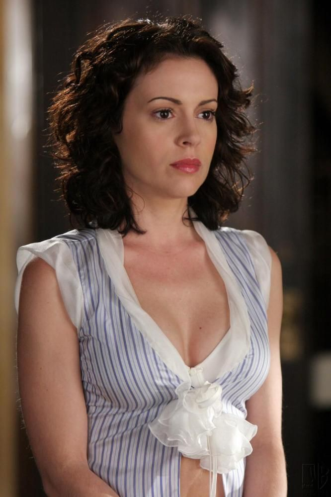 Alyssa Milano Hot Wallpapers