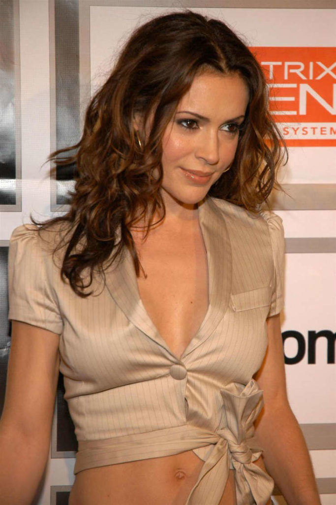 Alyssa Milano Navel Wallpapers