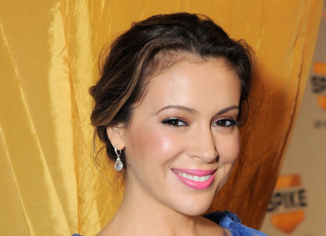 Alyssa Milano Leaked Photos alyssa milano hot topless leaked bikini pictures feet