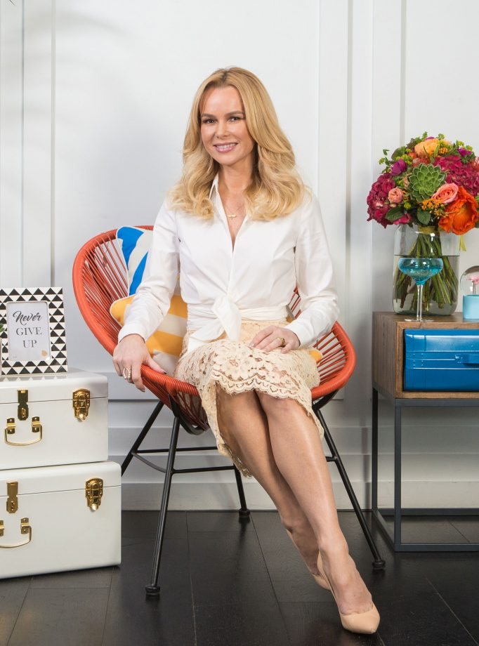 Amanda Holden Feet Photos
