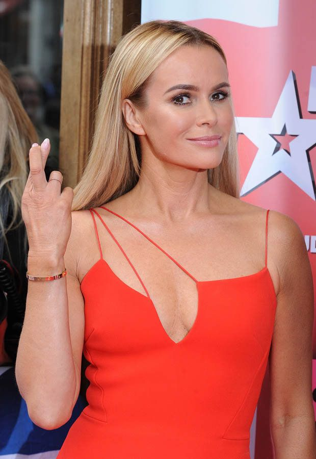 Amanda Holden Topless Pictures