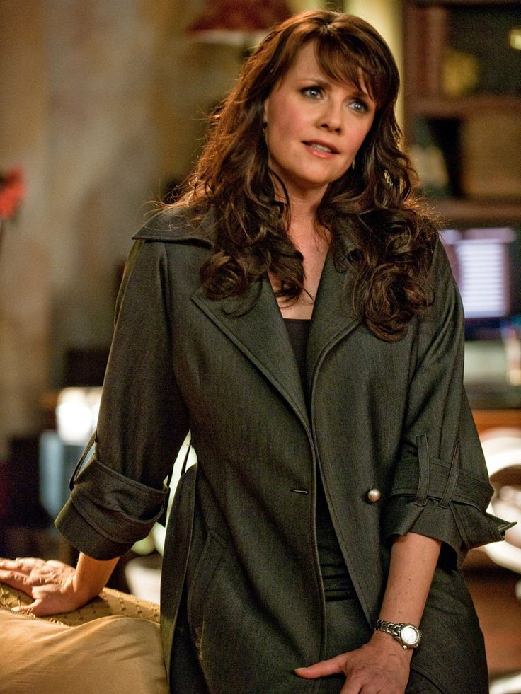 Amanda Tapping Jeans Pictures