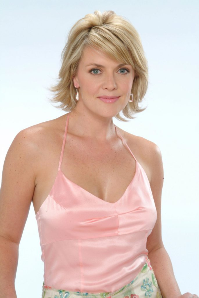 Amanda Tapping Topless Images