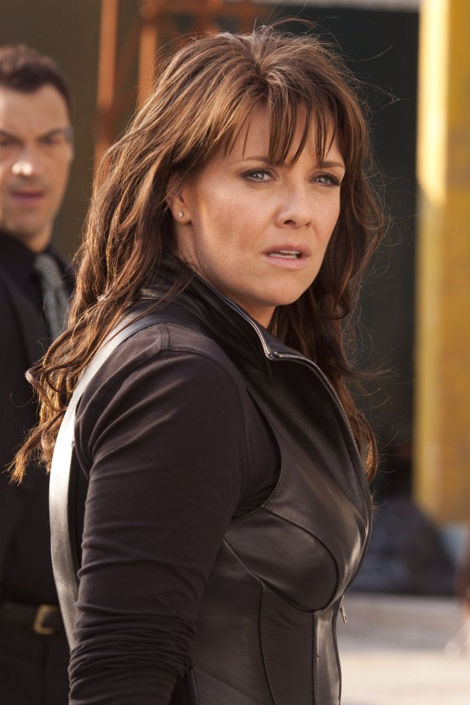 Amanda Tapping Workout Pics