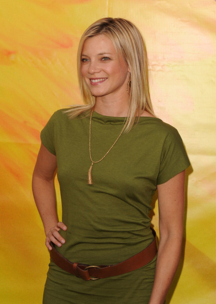 Amy Smart Smile Face Pics