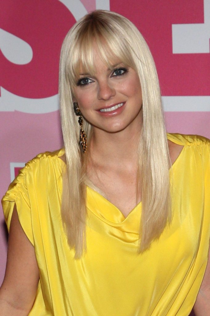 Anna Faris Cute Wallpapaers