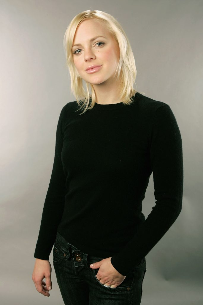 Anna Faris Short Hair Images