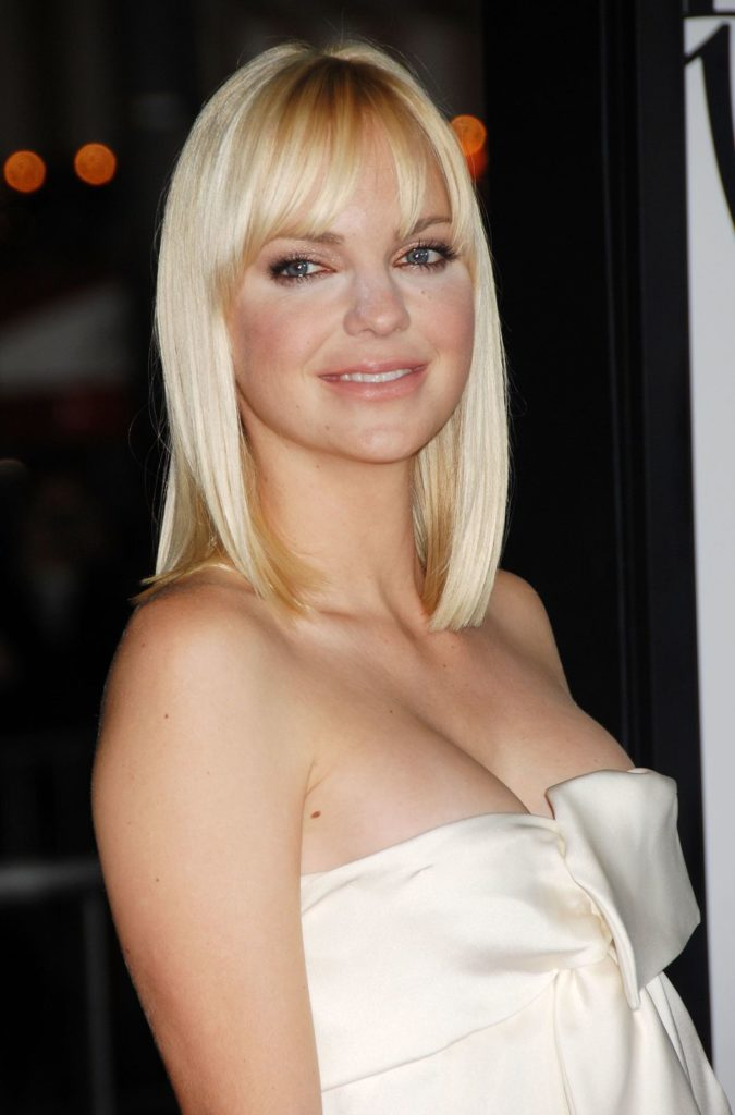 Anna Faris Undergarments Pictures