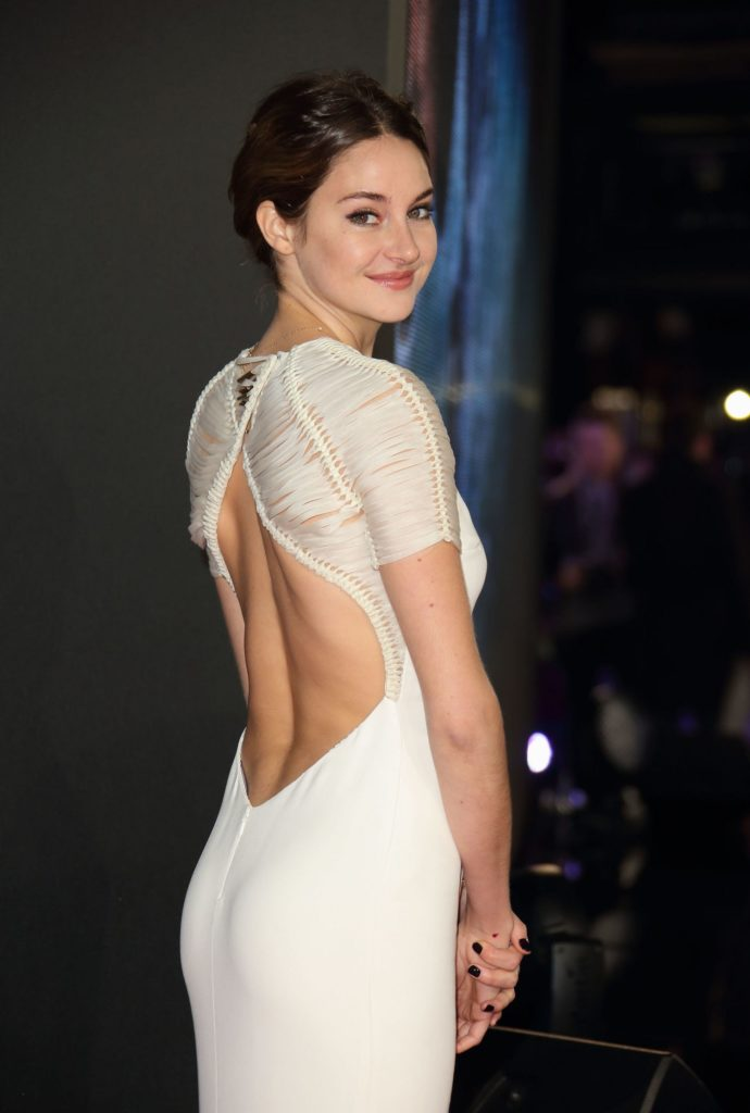 Shailene Woodley Backless Photos