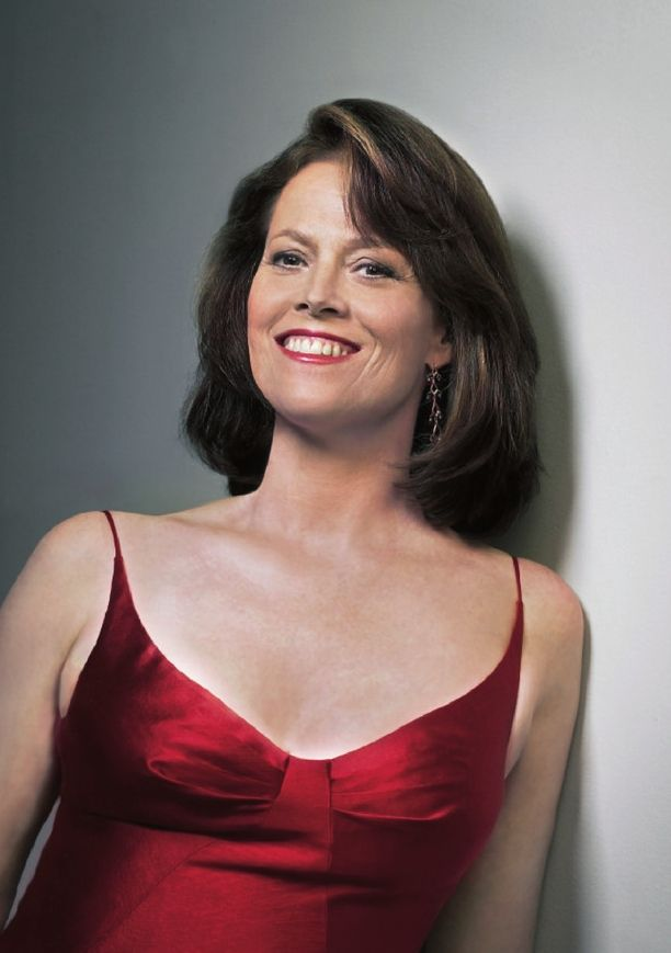 Sigourney Weaver Leaked Pictures
