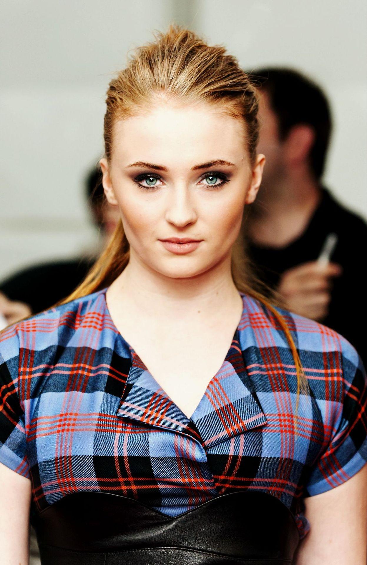 Sexy sansa stark Sandor Clegane/Sansa