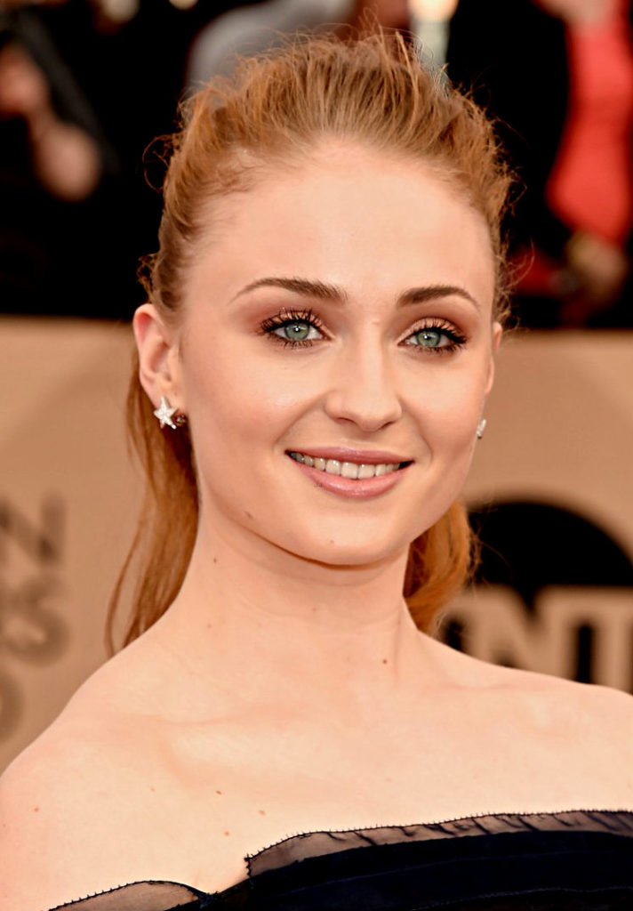 Sophie Turner Smile Images