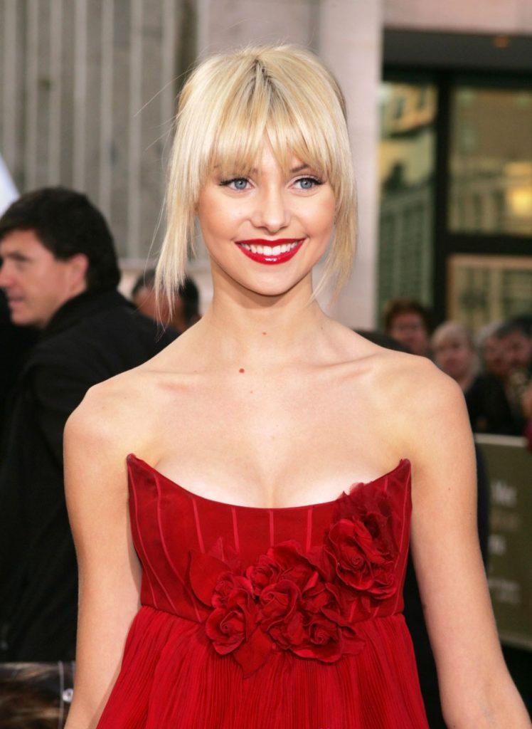 Taylor Momsen Short Hair Images