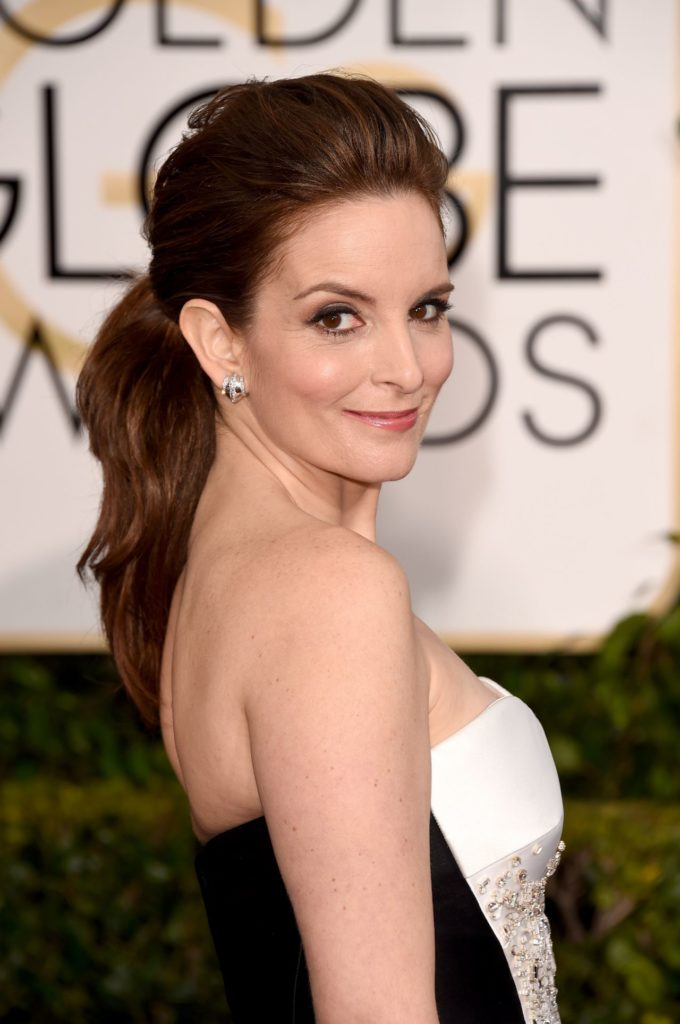 Tina Fey Backless Wallpapers