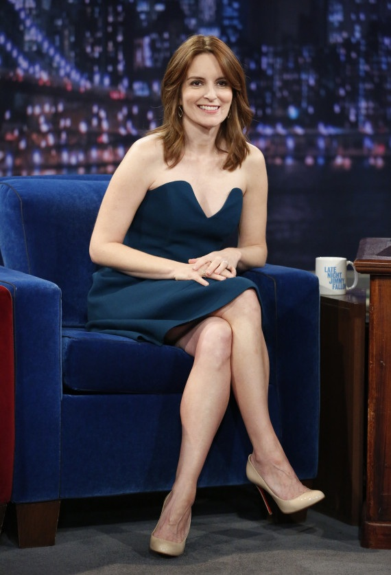 Tina Fey Shorts Wallpapers