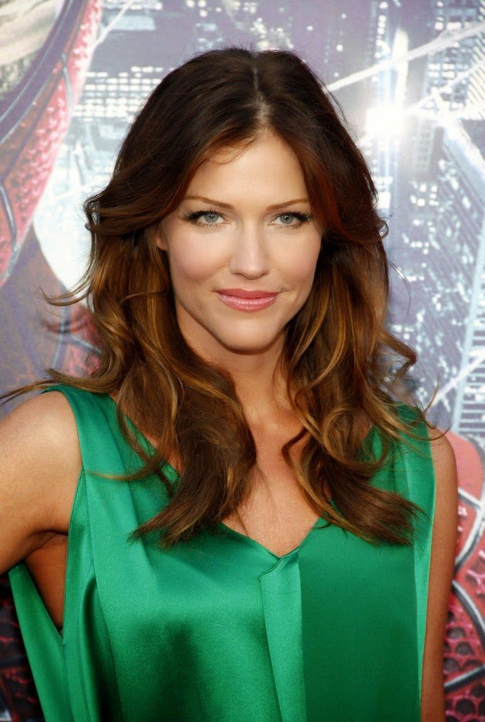 Tricia Helfer Sexy Wallpapers