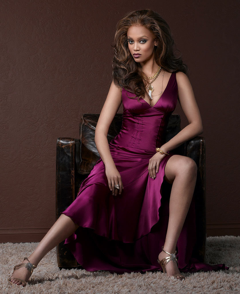 Tyra Banks Legs Images