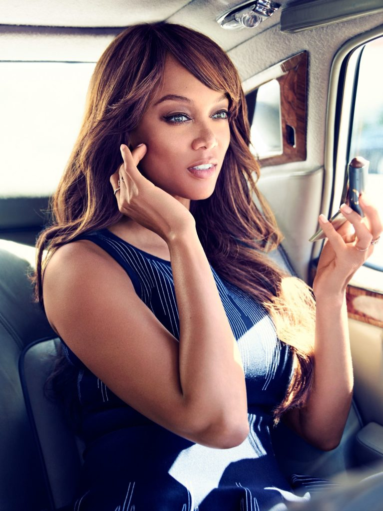 Tyra Banks Muscles Images