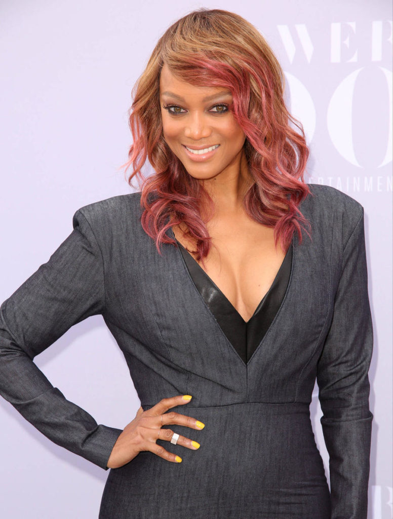 Tyra Banks Red Hair Color Pictures