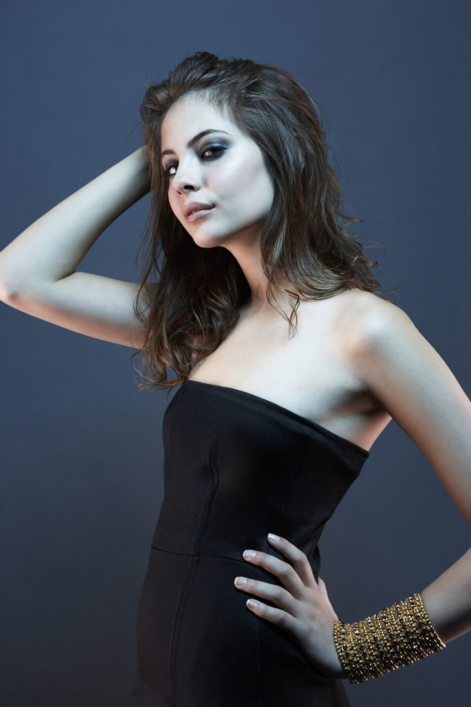 Willa Holland Leaked Images