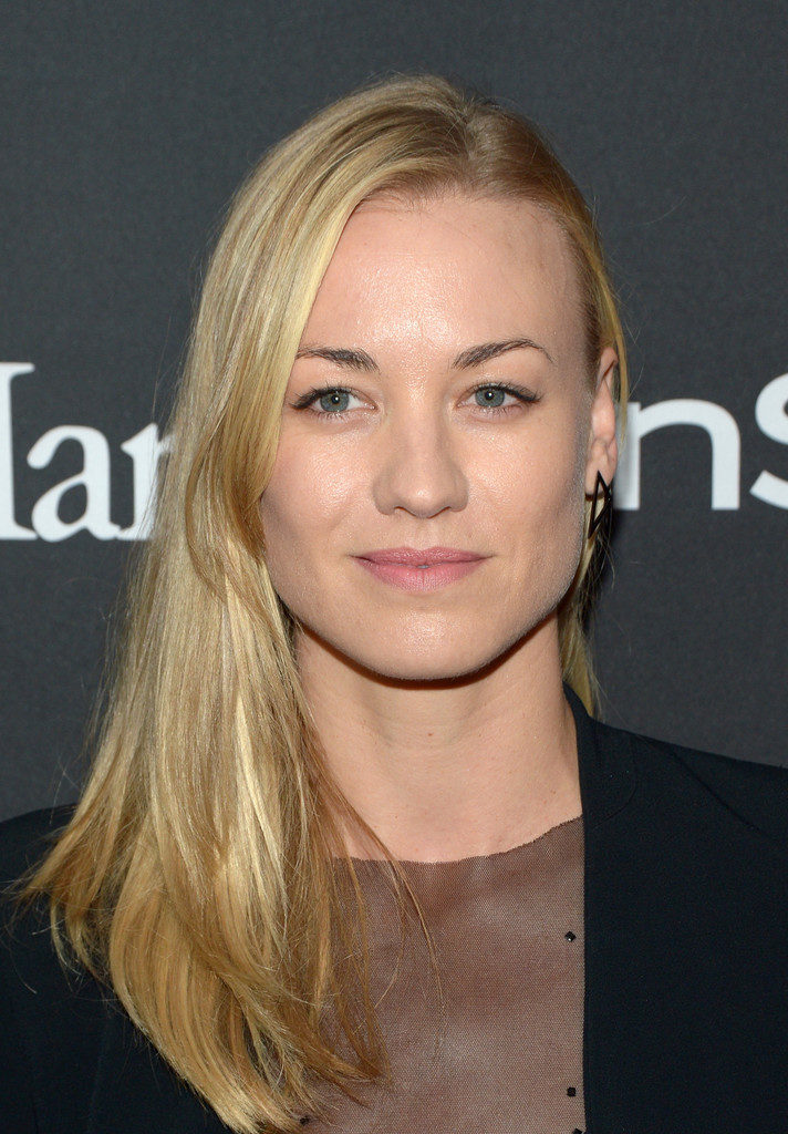Yvonne Strahovski Makeup Photos