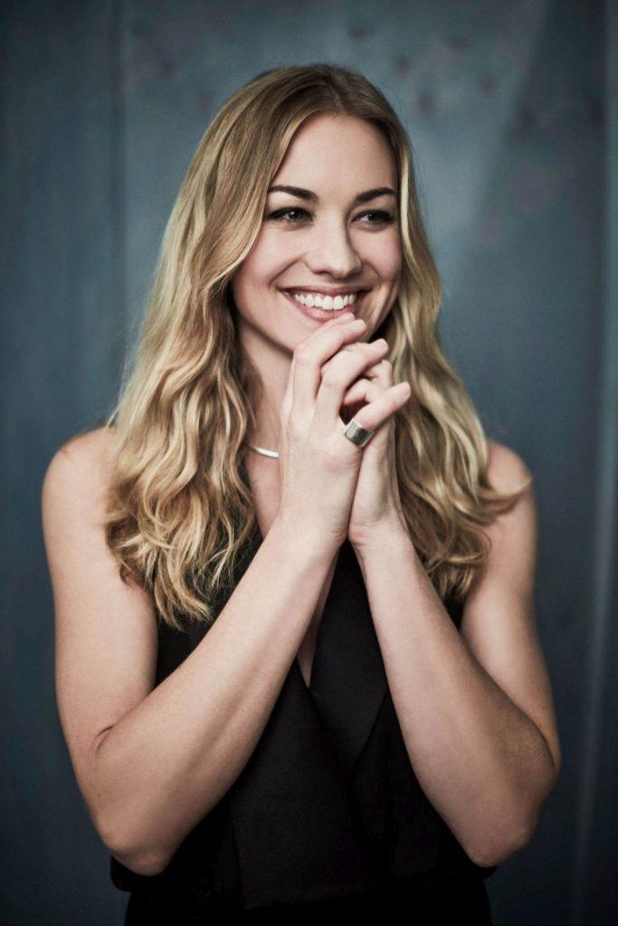 Yvonne Strahovski Smile Face Images