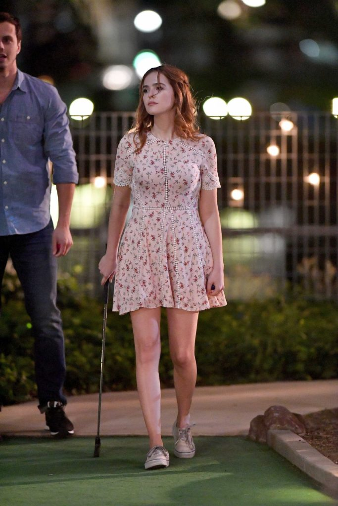 Zoey Deutch Feet Pictures