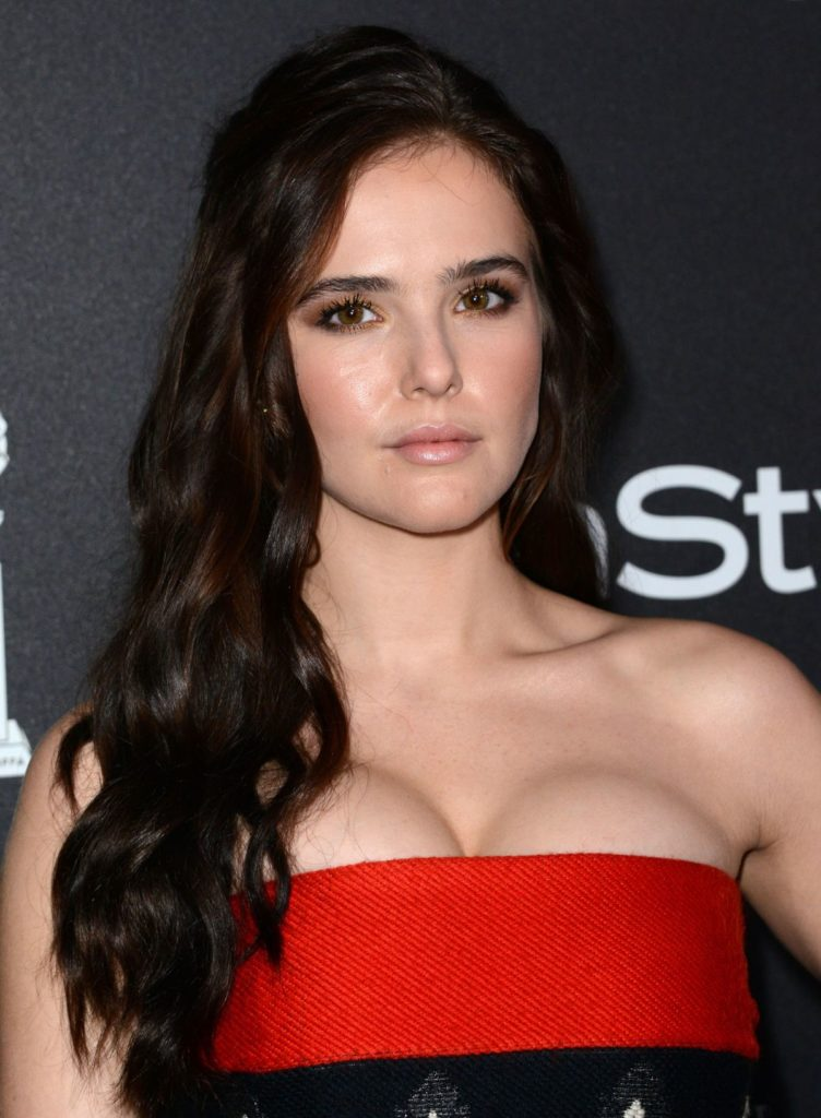 Zoey Deutch Topless Photos