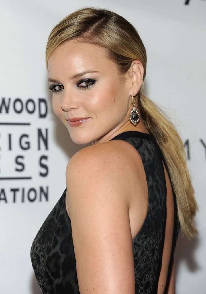 Abbie-Cornish-Backless-Wallpapers
