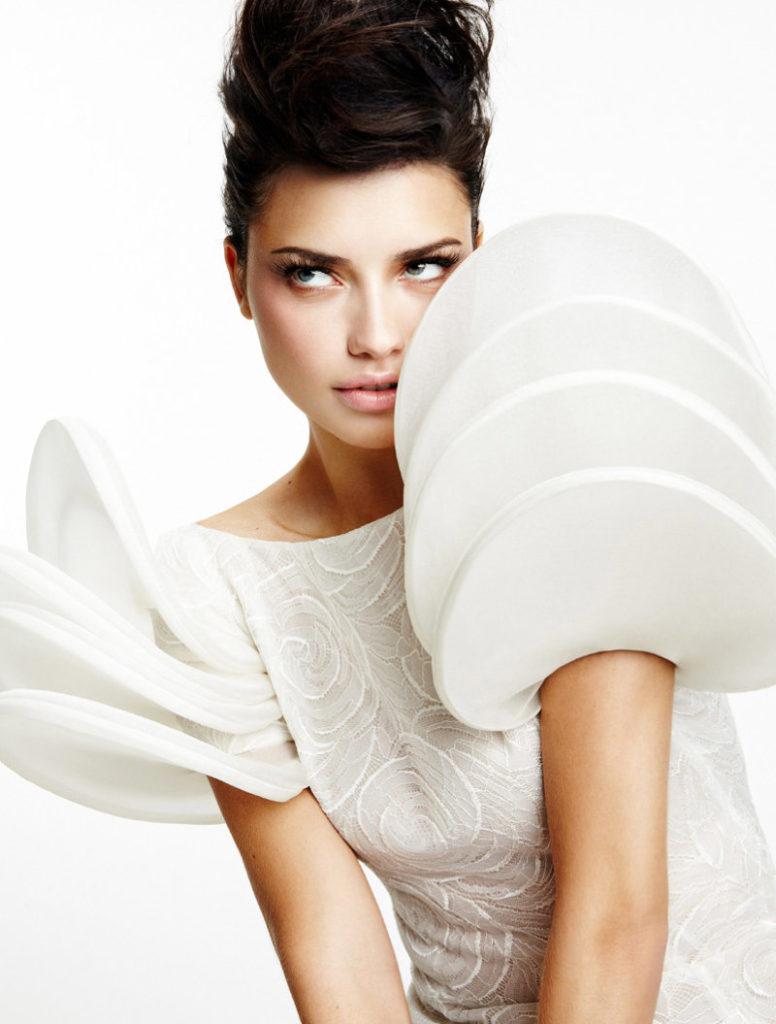 Adriana-Lima-Makeup-Pics
