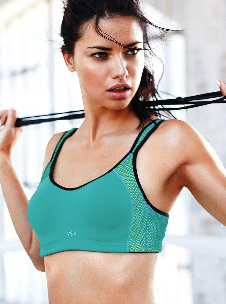 Adriana-Lima-Workout-Photos