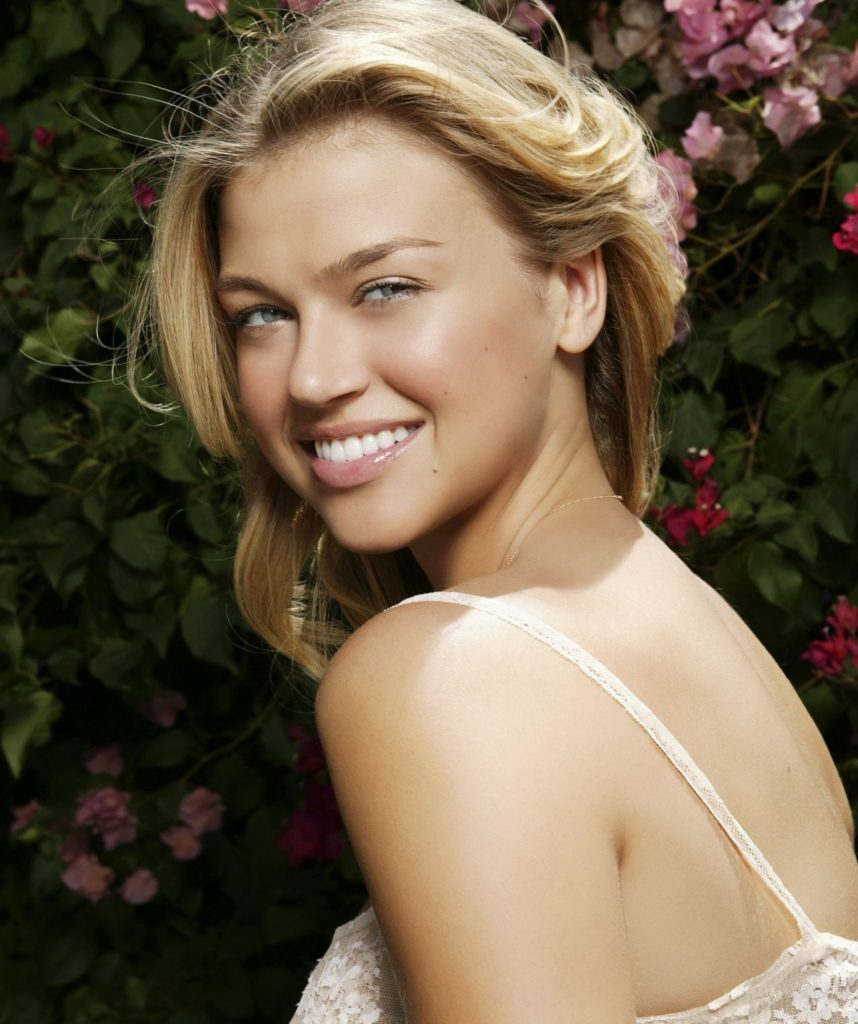 Adrianne-Palicki-Backless-Images