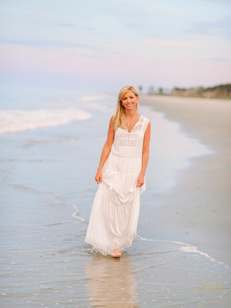 Ainsley-Earhardt-Beach-Photoshoot