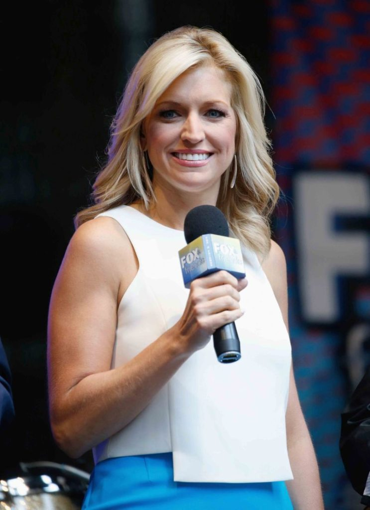 Ainsley-Earhardt-Muscles-Pics