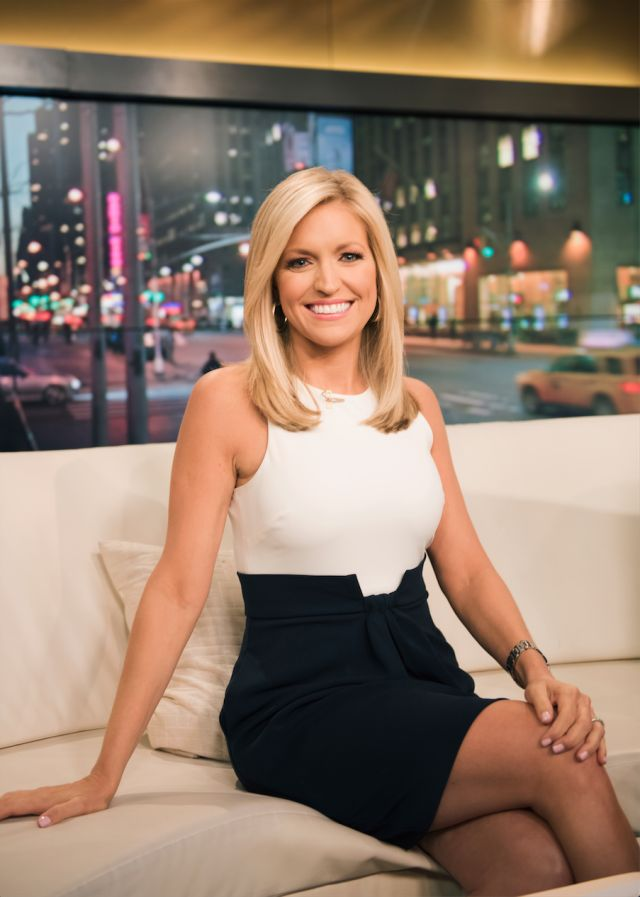 Ainsley-Earhardt-Thighs-Pics