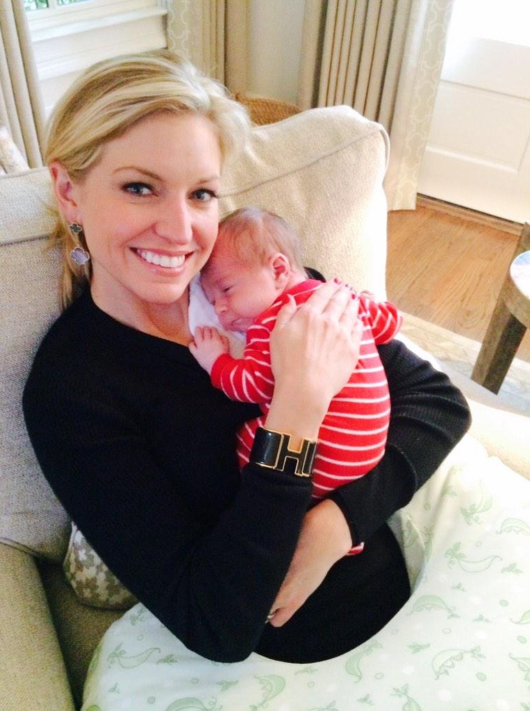 Ainsley-Earhardt-With-Cute-Baby-Pics