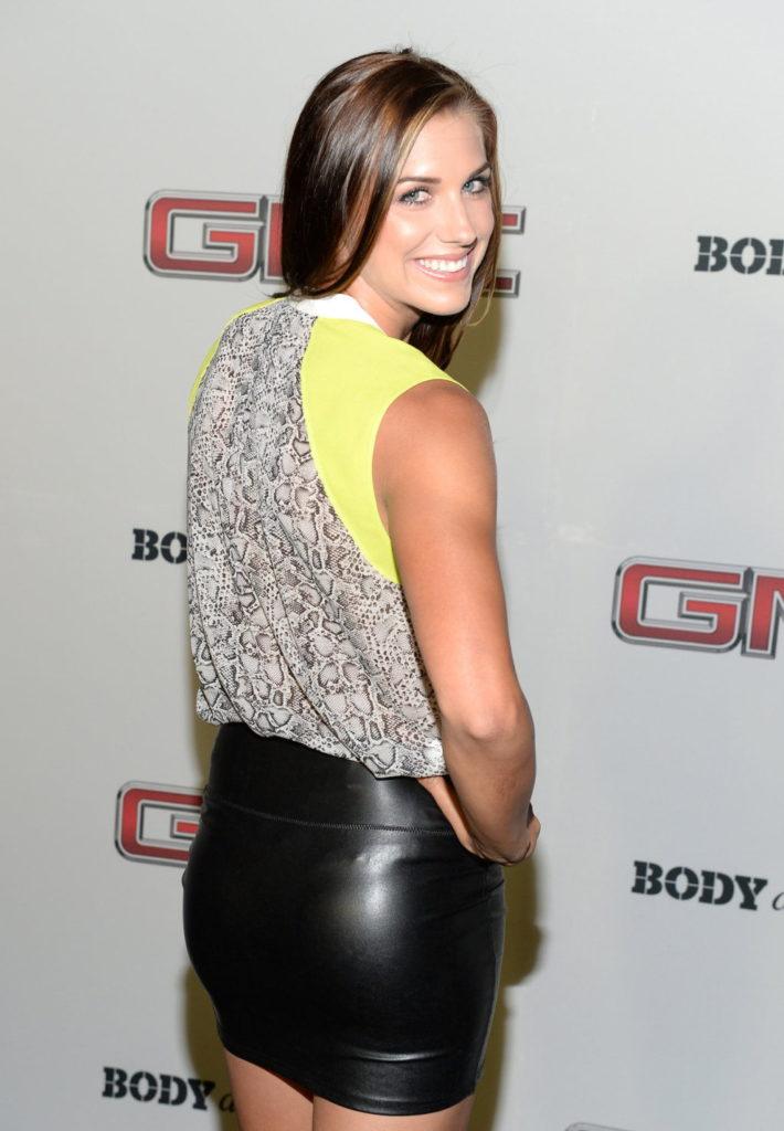 Alex-Morgan-Sexy-Butt-Photos