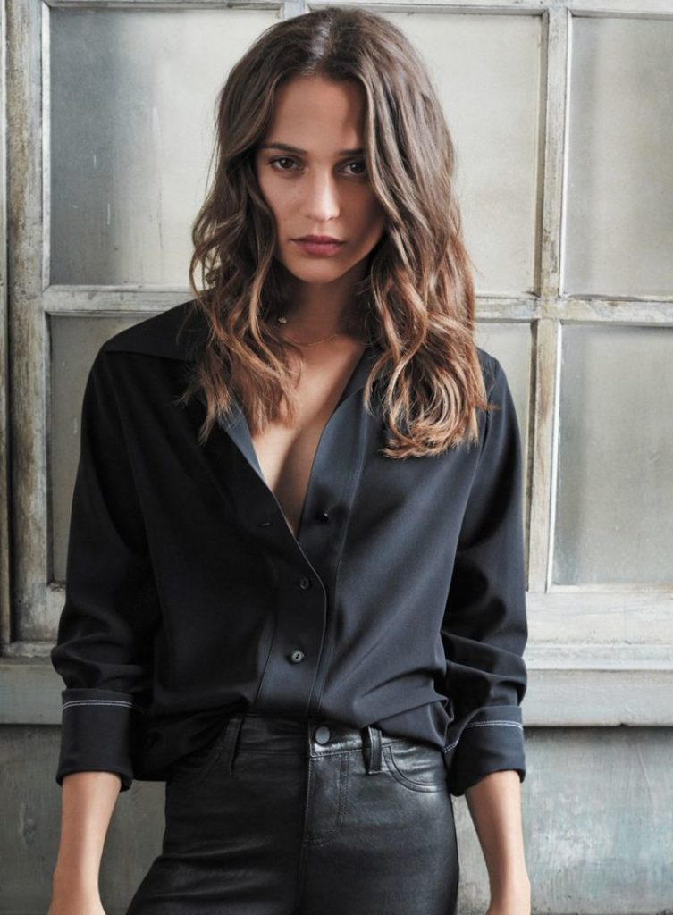 Alicia-Vikander-Jeans-Wallpapers
