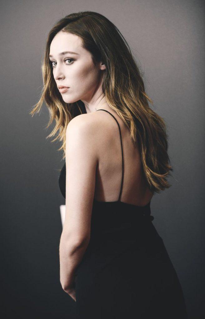 Alycia-Debnam-Carey-Backless-Wallpapers