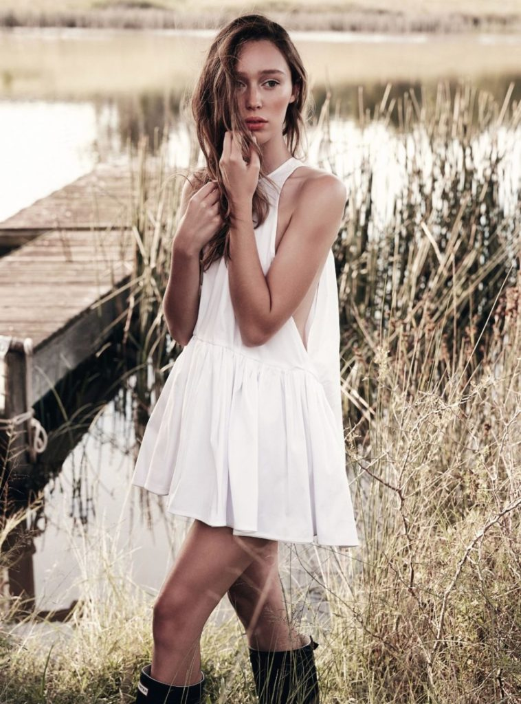 Alycia-Debnam-Carey-Undergarments-Photos