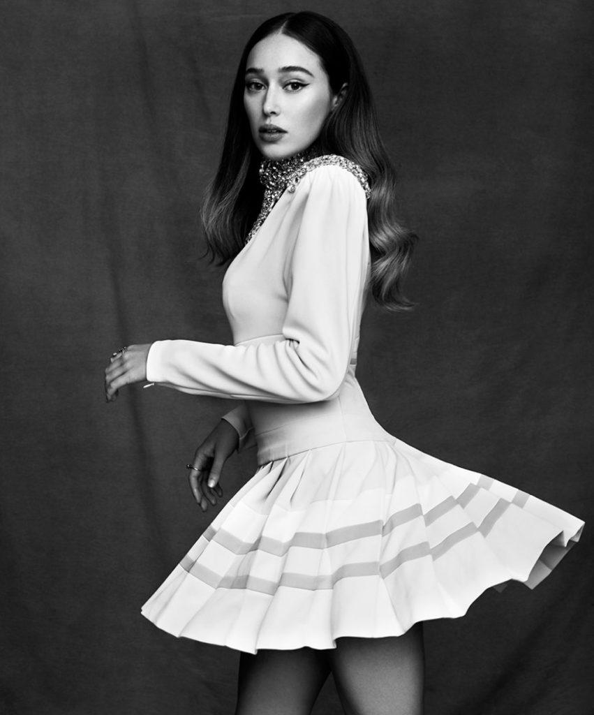 Alycia-Debnam-Carey-Upskirt-Pics