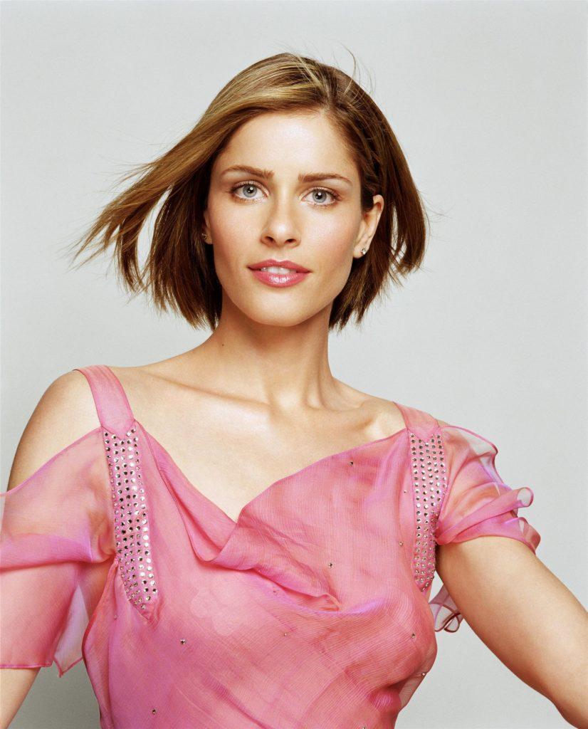 Amanda-Peet-Short-Hair-Pics