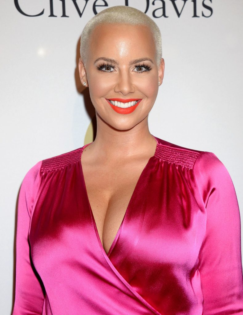 Amber-Rose-Bold-Wallpapers