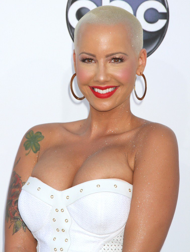 Amber-Rose-Cute-Smile-Images