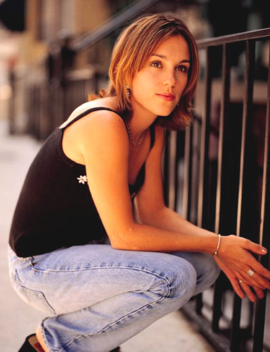 Amy-Jo-Johnson-Pictures