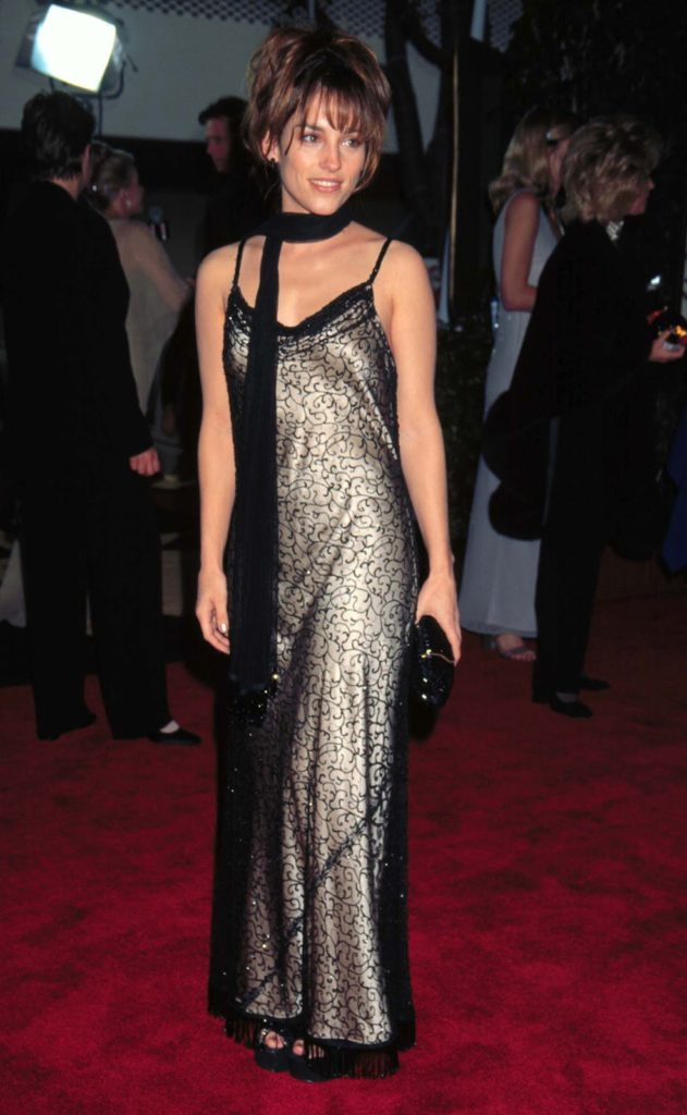 Amy-Jo-Johnson-Short-Hair-Pictures