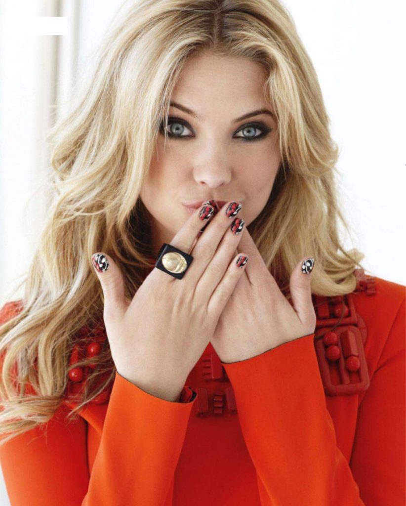 Ashley-Benson-Kiss-Pics