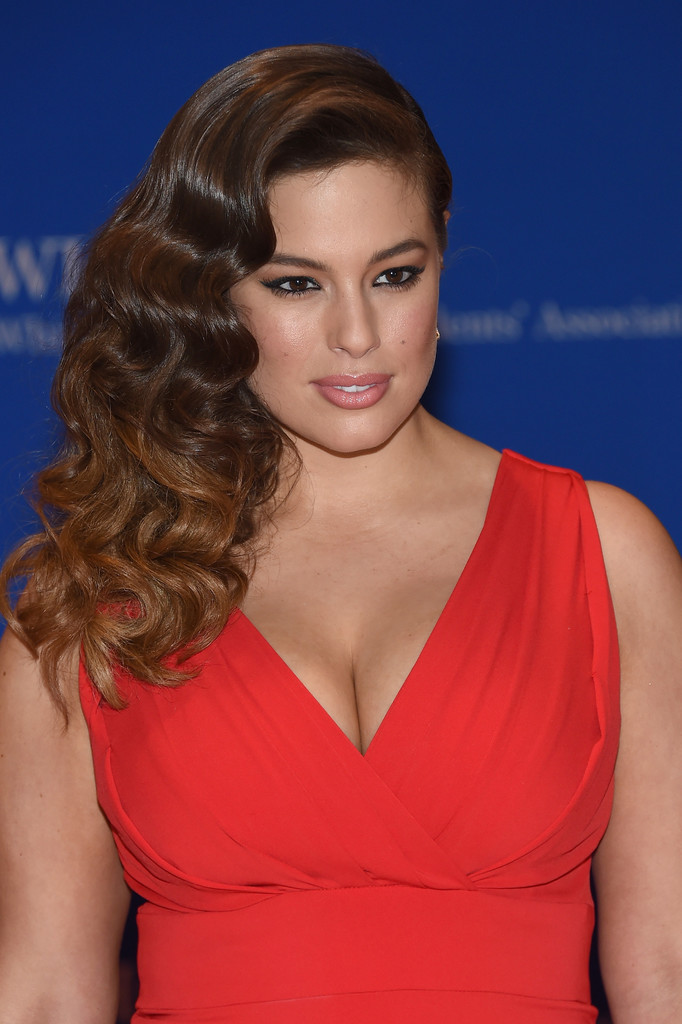 Ashley-Graham-Hair-Style-Pictures