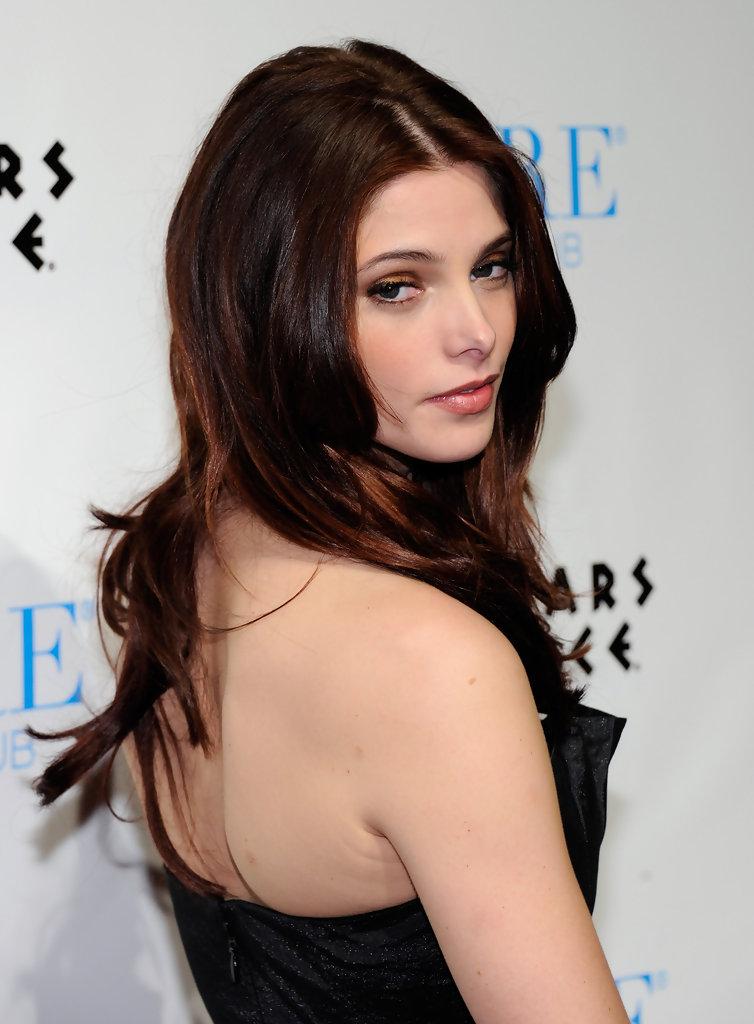 Ashley-Greene-Sexy-Body-Photos