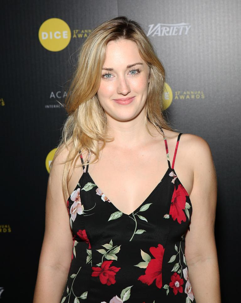 Ashley-Johnson-Muscles-Images